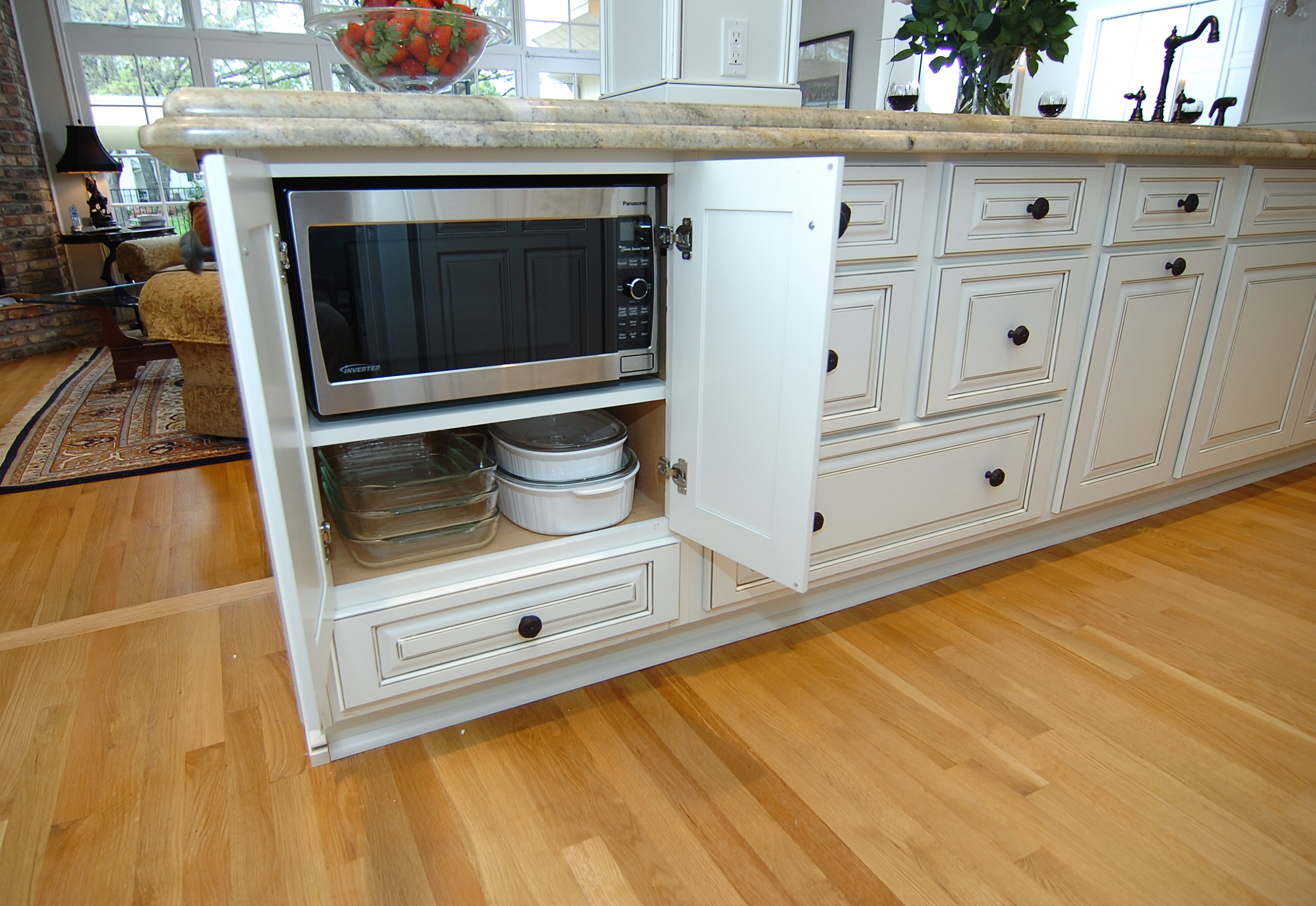 Antique White Kitchen Cabinets With Microwave Under