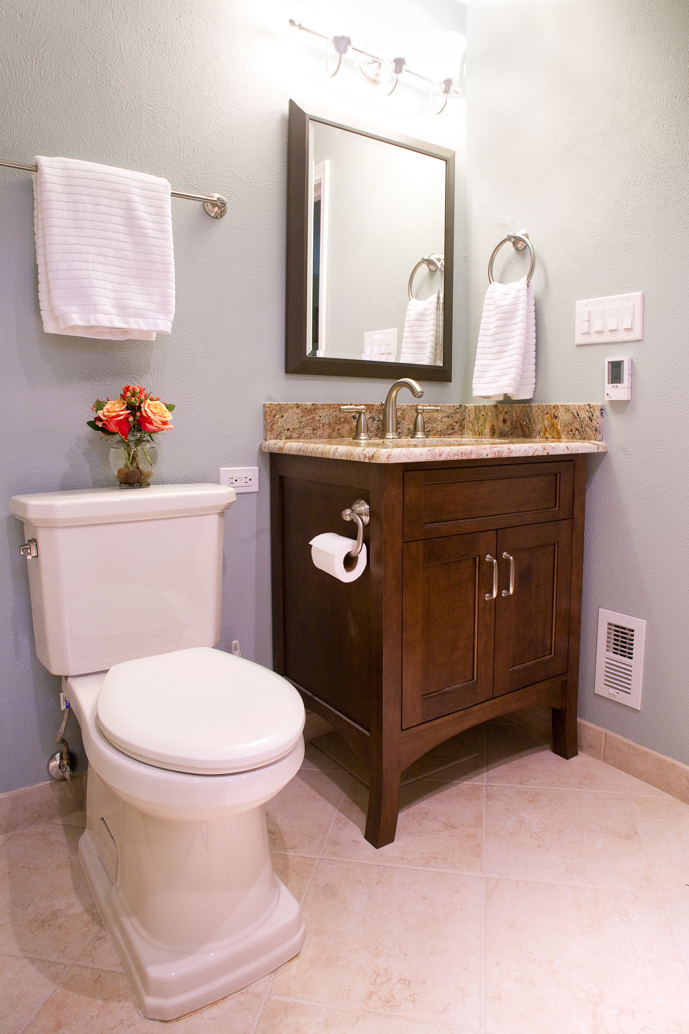 Mirrored makeup vanity rustic bathroom cabinets with bath for Bathroom cabinets online