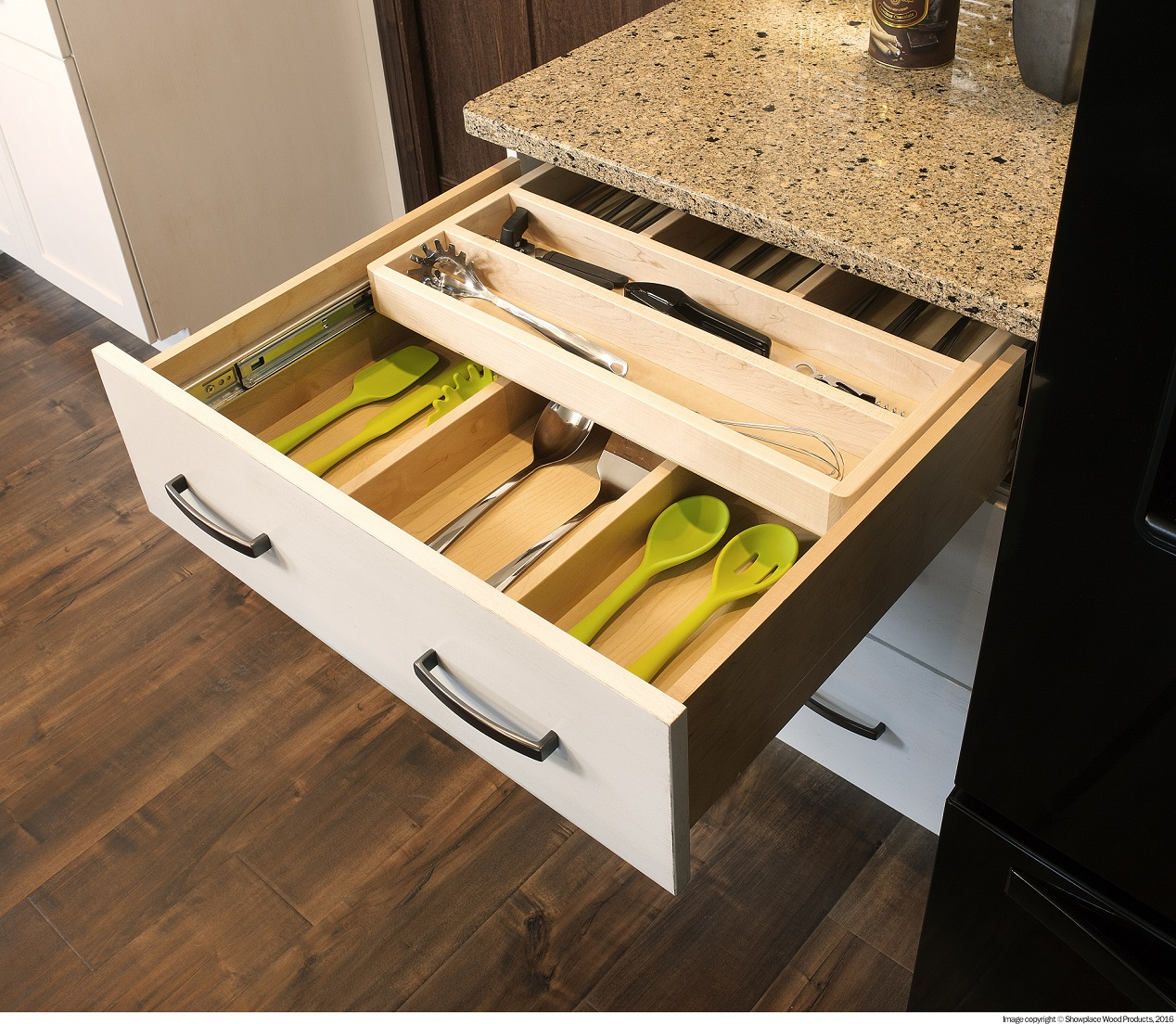 The Different Types Of Cabinet Storage Solutions (1)